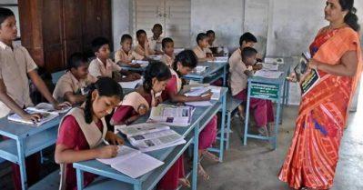 ഡിസംബര് 17 മുതല് 10, 12 ക്ലാസുകളിലെ അധ്യാപകര് സ്കൂളിലെത്തണം